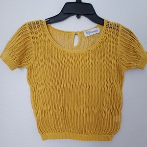 Super cute!! Yellow Short Sleeved Knit Sweater.